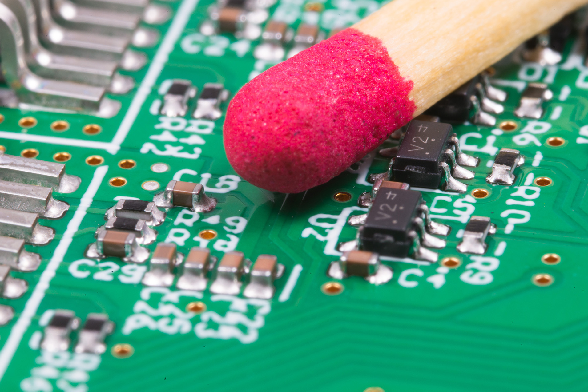 Applying micro components on the PCB makes the modules more cost-effective